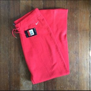 NWT Nike Sweat Pants - Size L